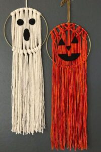 CLUB GIGGLE 818bd98301df55af95aa0c2f83de95ff-200x300 32 Best Fall Decor Ideas for 2021
