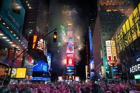 CLUB GIGGLE Celebrate-New-Years-Eve-in-a-Major-City Bucket List Ideas for Adults (Part 2)
