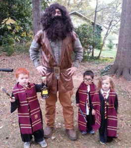 CLUB GIGGLE harrypottercostume-58920-48779-265x300 These 35 Costumes Have Completely Won the Spooky Season!