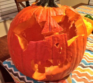 CLUB GIGGLE star-eyes-68526-300x269 Fail: Pumpkin Carving Edition